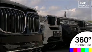 Автосалон BMW штурмуют обманутые клиенты
