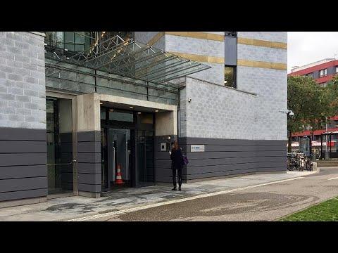 كردي سوري يشعل النار بنفسه أمام مبنى مفوضية الأمم المتحدة للاجئين في جنيف…  - نشر قبل 8 ساعة