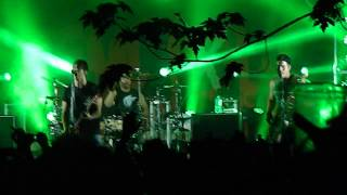 Somewhere In Neverland - All Time Low *LIVE* May 26, 2013