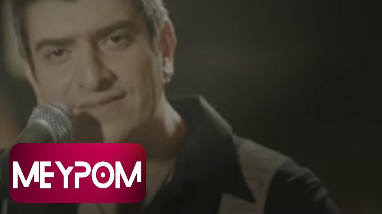 Download Cem Özkan - Acaba (Official Video)