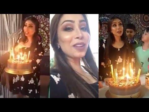 زوج ابرار الكويتية يفاجئها بكيكة عيد ميلادها في بيت اَهلها شاهد رد فعلها