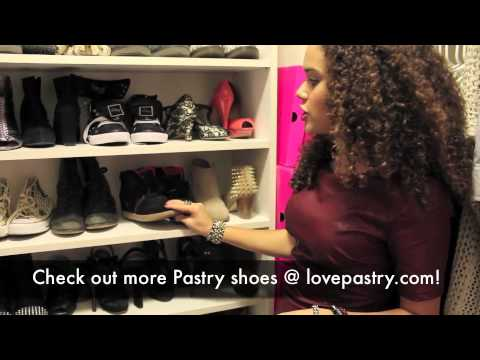 At Home With Madison Pettis: Inside Her Bedroom & Closet!