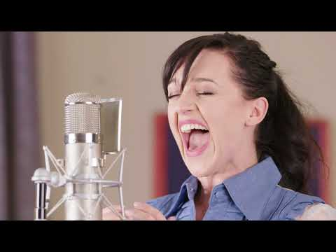"""Lena Hall Obsessed: Muse – """"Time is Running Out"""""""