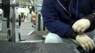 Raw Gym Footage - Bench-pressing - 235x5x3 Attempt