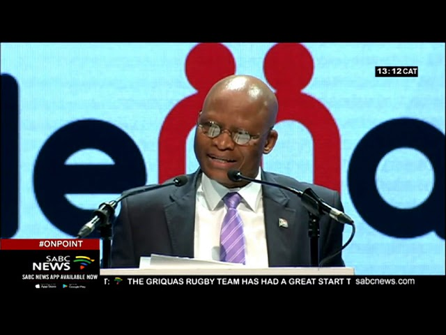Mogoeng: The media must remain vigilant in the fight against corruption