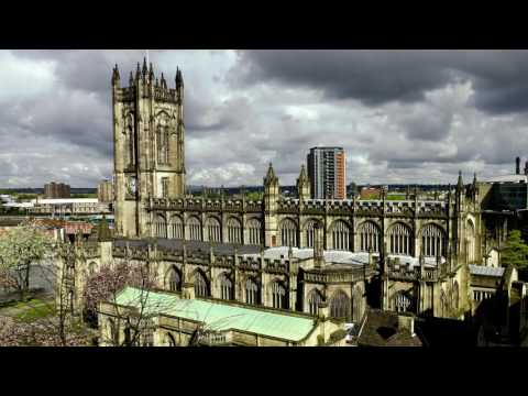 2 minute travel guide to Manchester, UK