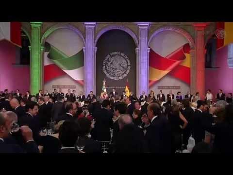 Cena en honor de S.M. Felipe VI, rey de España y S.M. la reina Letizia