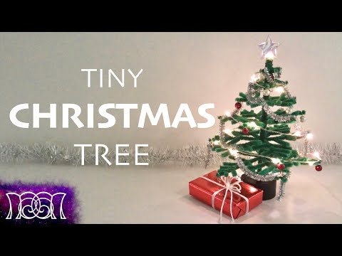 Tiny Christmas Tree - Pipe Cleaner DIY