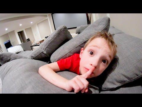 FATHER & SON PLAY HIDE AND SEEK 5! / Basement Time!из YouTube · Длительность: 11 мин11 с