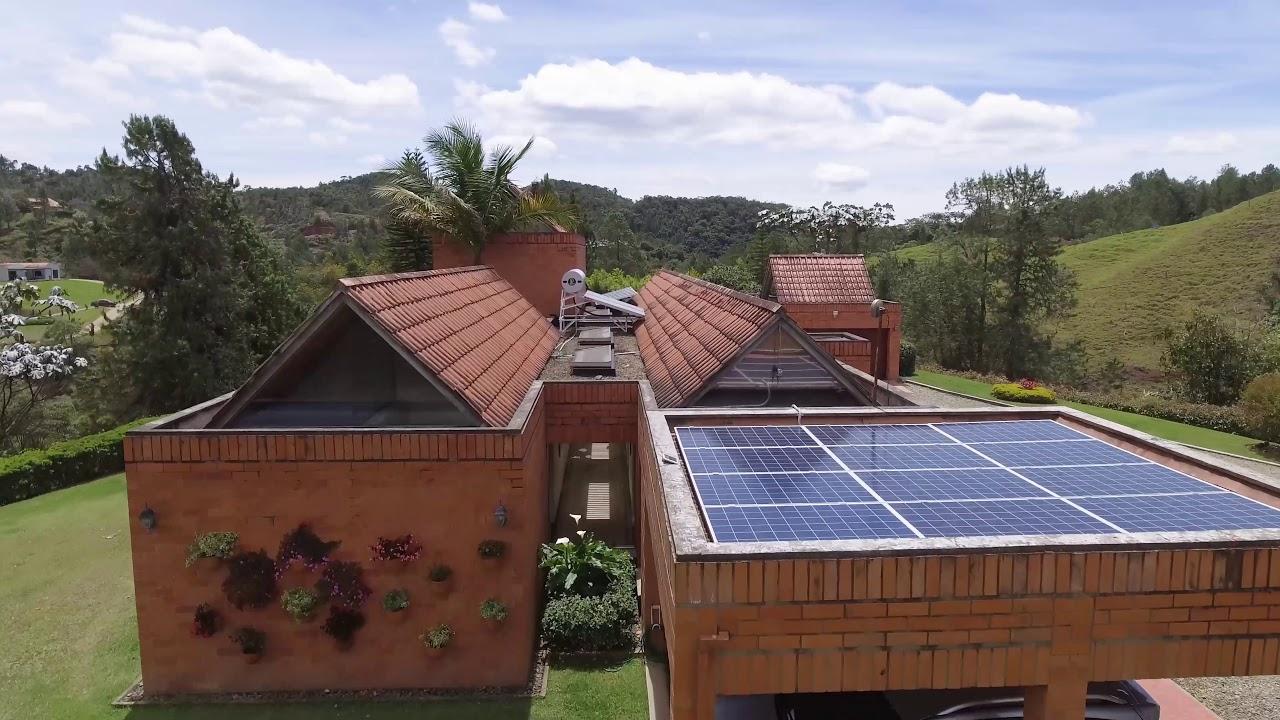 Proyecto de Energía Solar Conectado a la Red Residencial