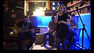 Blue Velvet - Cristina @ Living Pub (05.Apr.2017)