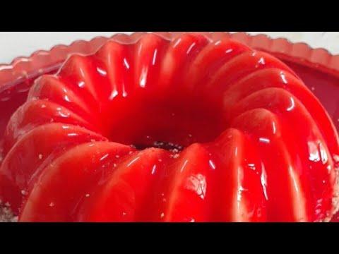 كيكة-موس-فانيليا...-gâteau-mousse-vanille-avec-glaçage-miroir-rouge