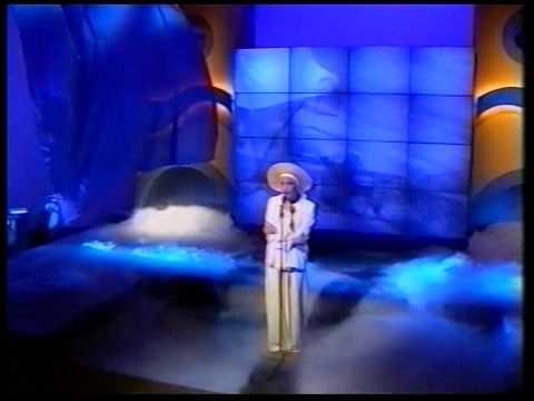 Martika - Love Thy Will Be Done - Terry Wogan Show 1991 [HQ]