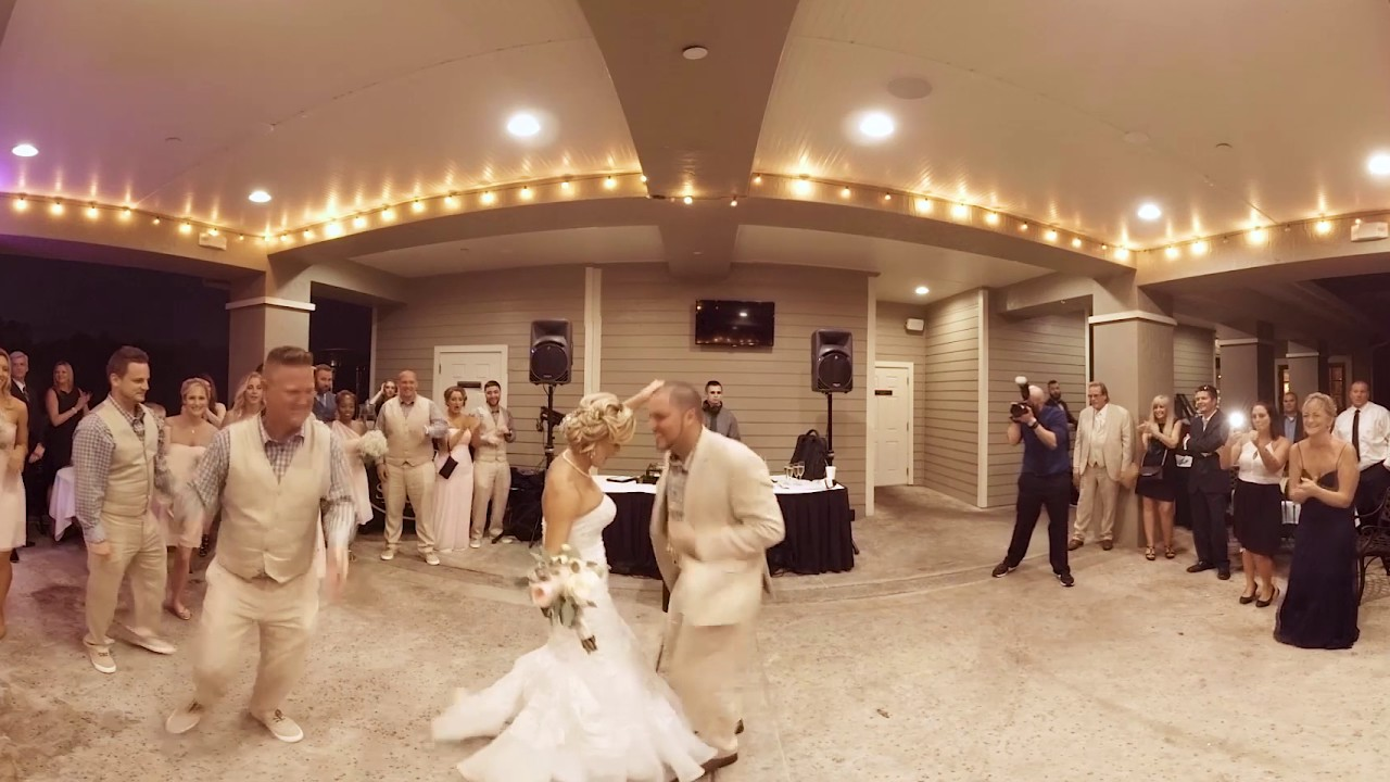 Vr 360 Wedding Ceremony: Introductions And First Dance Of Jessica