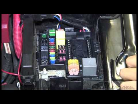 Watch on 1998 dodge fuse box