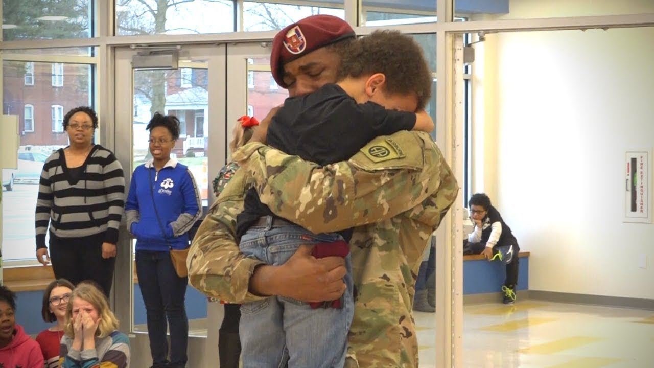 b81964744fd Military homecoming