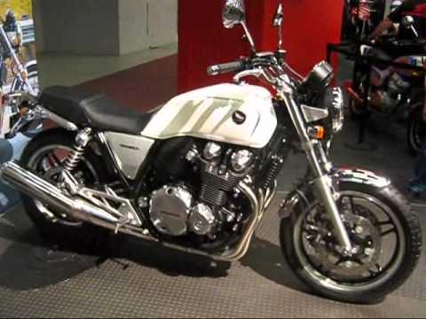Le salon de la moto de montr al 2013 youtube - Salon de moto montreal ...