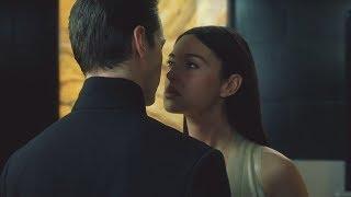 """Нео целуется с женой француза - """"Матрица перезагрузка"""" отрывок из фильма"""