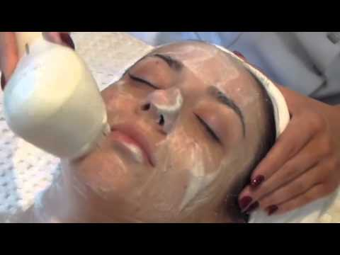 Clarisonic Cleansing System demo
