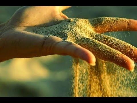"""""""А я сквозь пальцы...как песок..."""" (Ира Долинная)"""