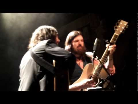 The Avett Brothers live - Through My...