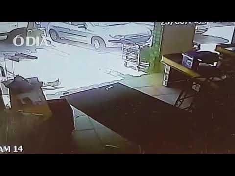 RADAR HOJE: CHUVA DE BALAS: TIROTEIO QUE MATOU MULHER EM SUPERMERCADO BOMBA NA INTERNET – VEJA VÍDEO