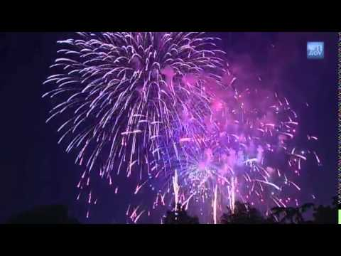 Fireworks with Patriotic Music Soundtrack by U S  Military Bands