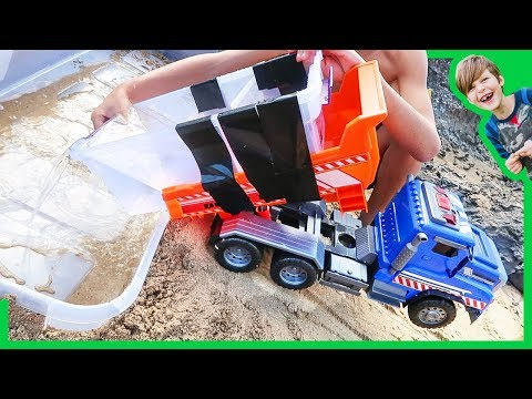 Thumbnail: Dump Truck Fills Sea Creature Aquarium