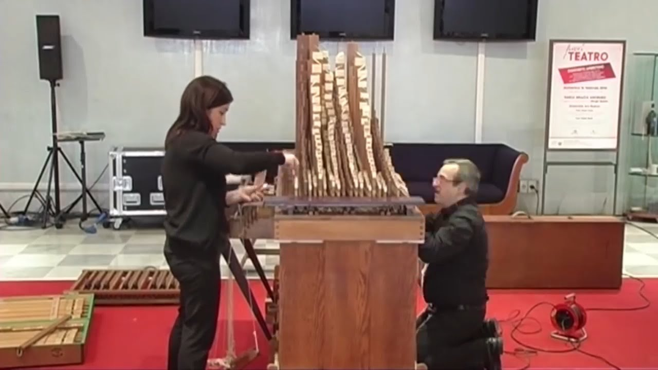 Organo 39 portativo 39 a canne di legno di giorgio questa for L organo portativo