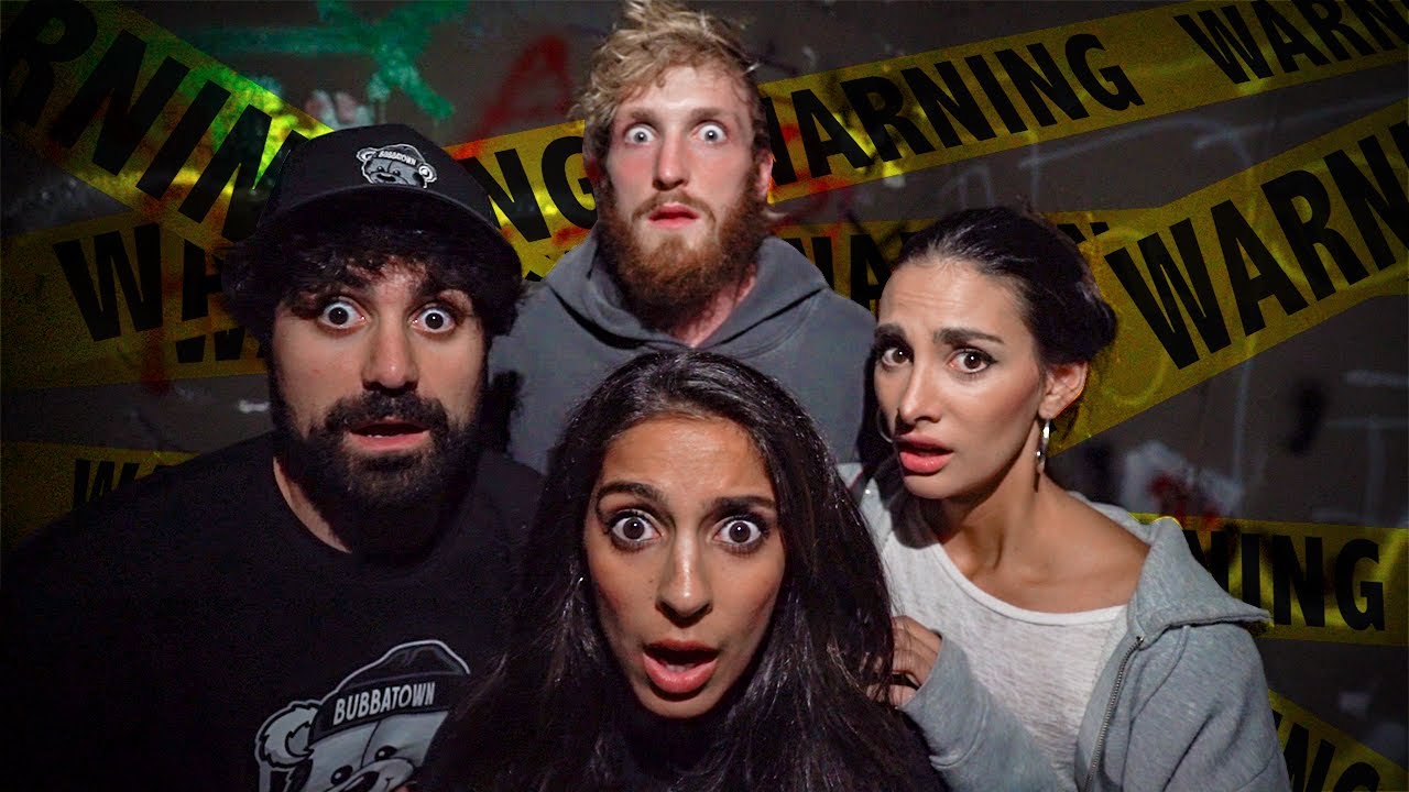 WE WENT TO A HAUNTED ZOO!
