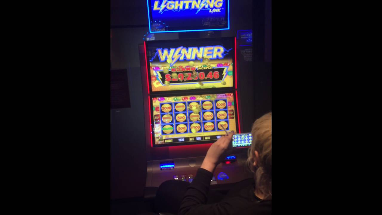 Lightning slot machine tips thirsty turtle columbia mo poker