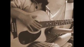 Rằng em mãi ở bên - Bích Phương Guitar cover phiên bản nhoi =)) by Tiên Vũ