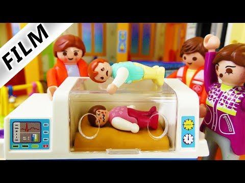 Playmobil Film deutsch | EMMAS 1. TAG IN KITA - Kind muss ins Krankenhaus | Kinderfilm Familie Vogel