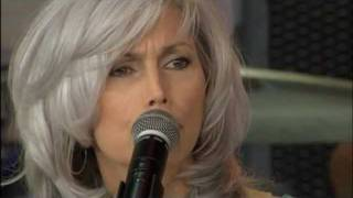 Emmylou Harris - Pancho and Lefty (Live at Farm Aid 2003)