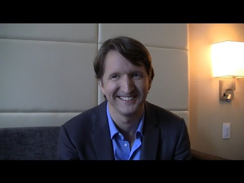 "Tom Hooper Talks 'The Danish Girl', Future Projects, ""Awards Movies"" and More"