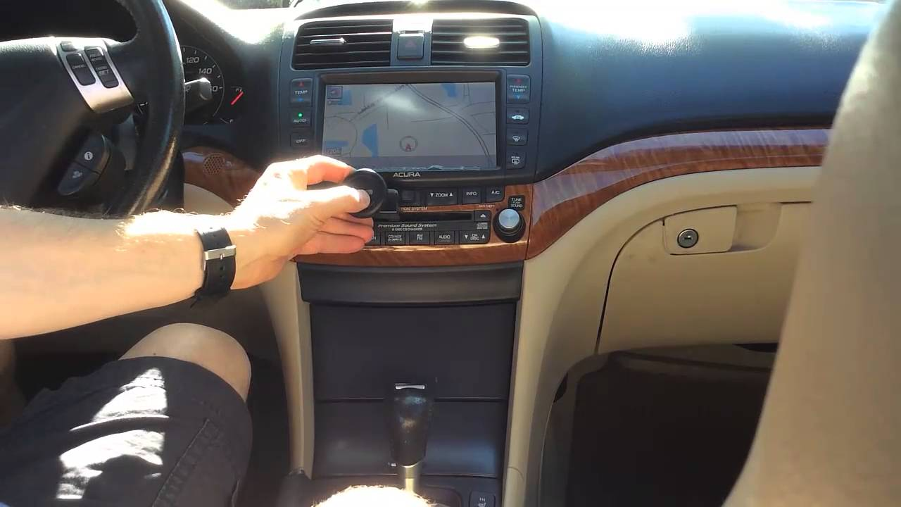 Magnetic CD Car Mount Holder For Smartphones Review