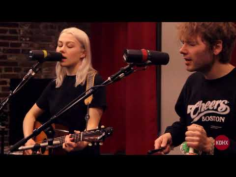 "Phoebe Bridgers ""Smoke Signals"" Live at KDHX 4/10/18"