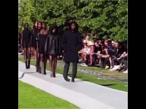 Several models trip and lose their shoes at Kanye West's Yeezy Season 4 Fashion Show