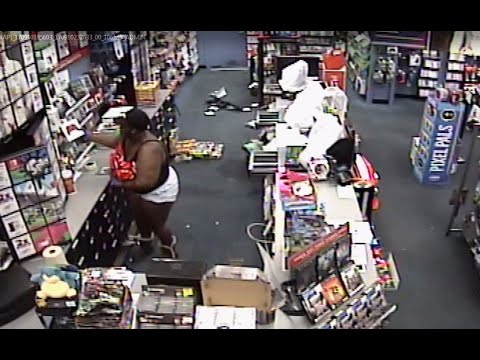 Store Video Captures Group Looting Hialeah Gamestop
