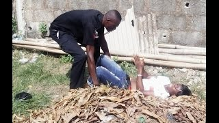 Download Video Awful experience between a young Lady and a Police Officer. MP3 3GP MP4