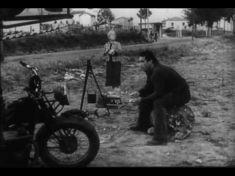 """""""La Strada"""" di Federico Fellini - trailer ufficiale"""
