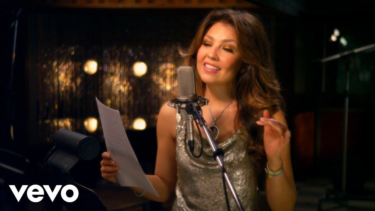 Tony Bennett duet with Thalia - The Way You Look Tonight (from Viva Duets)  ft  Thalia