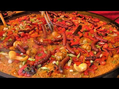 London Street Food. Preparing A Saffron Paella. Seen And Tasted Near Hatton Garden