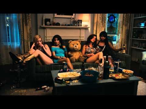 TED Trailer Green Band Oficial -De Seth MacFarlane, creador de Padre de Familia [Universal Pictures]