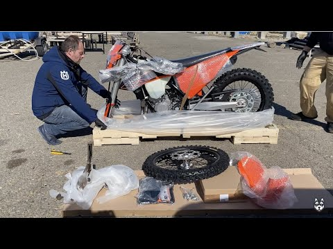Unboxing 2020 KTM 300 EXC TPI - First Run, 2 Stroke Engine Sound, Test Ride And First Fail
