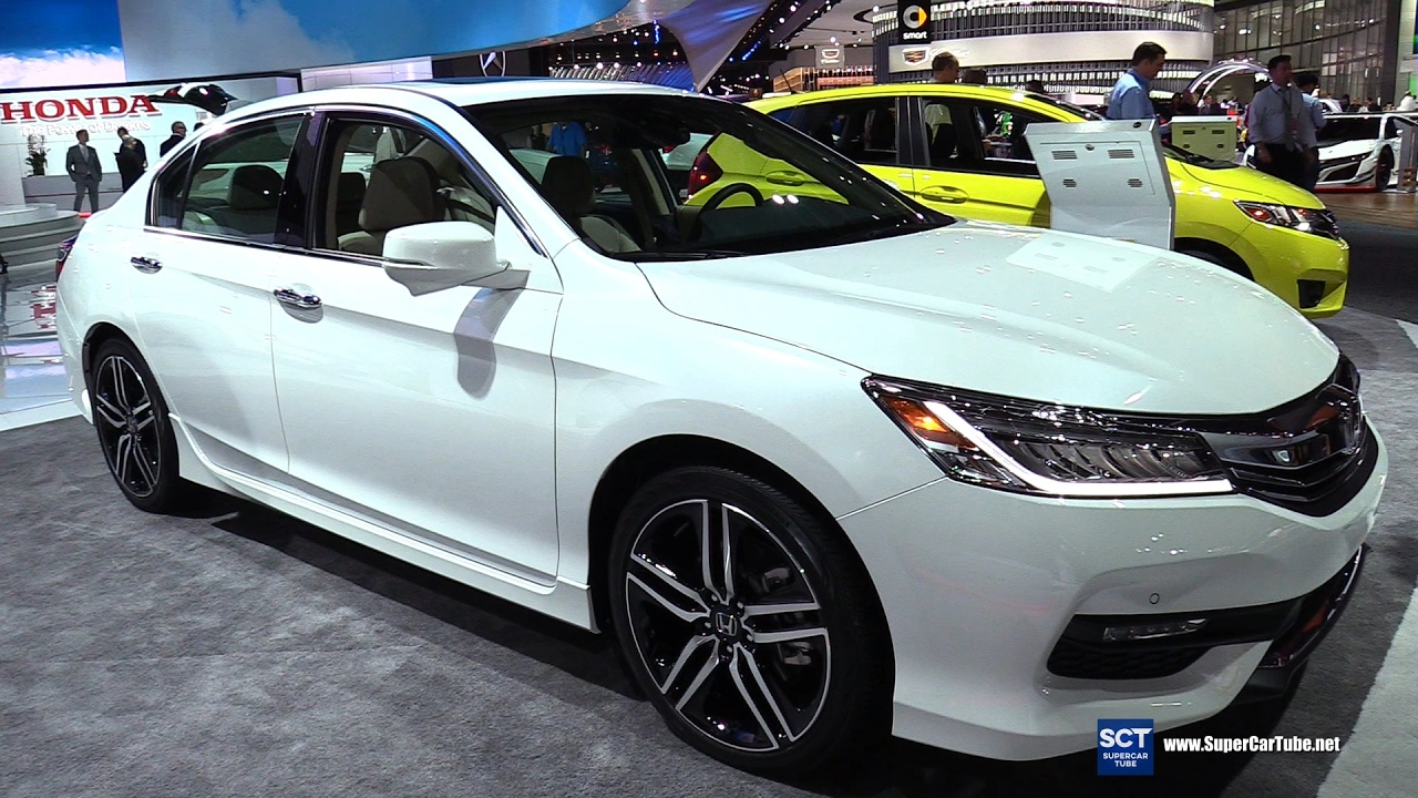 2017 honda accord v6 touring exterior and interior walkaround 2017 detroit auto show youtube. Black Bedroom Furniture Sets. Home Design Ideas