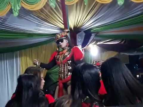 Turi turi putih _ Dewi Arum live Dermanganti Selomerto Wsb 11 Agust 2018