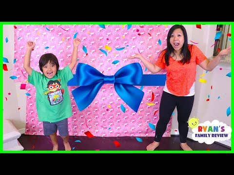 Ryan Surprise Mommy with Giant Presents Surprise for Mother's Day!!!