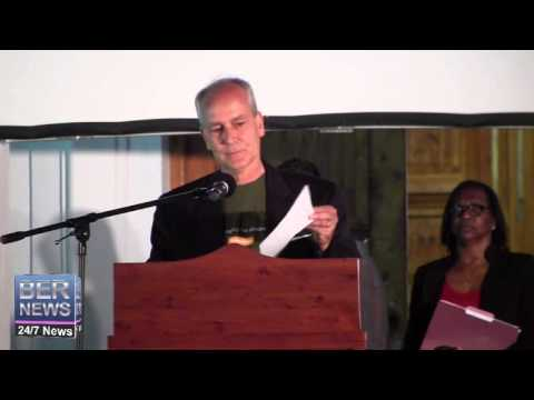Gordon Johnson At Earth Hour Celebrations, Mar 29 2014