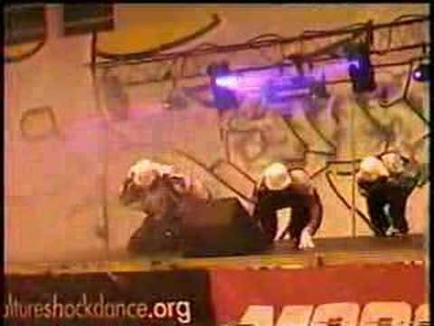 MINDTRICKS DANCE CREW @ BUST-A-GROOVE 2000